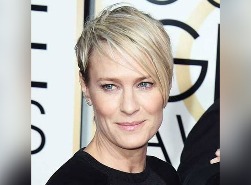 10 Best Short Hairstyles For Women Over 40